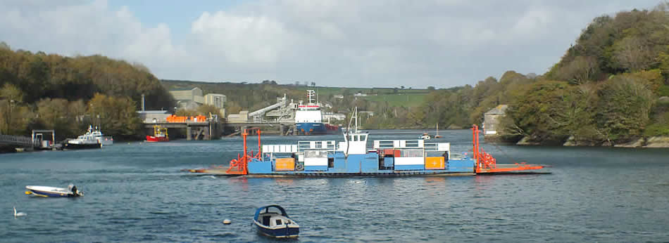 Fowey to Bodinnick Ferry leaving Caffa Mill